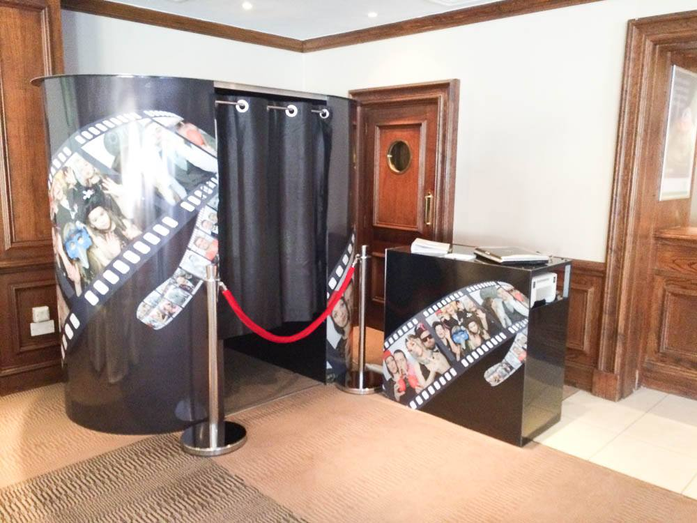 Celebrity Photo Booth - Photo Booth Hire